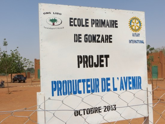 G - Gonzare sign for Rotary (1024x768)