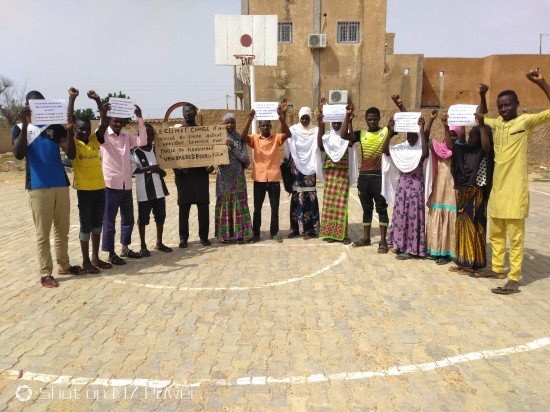 students in Libore for climate change